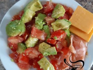 Avocado Tomato Lunch Plate