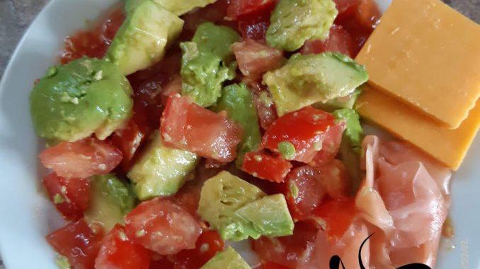Avocado Tomato Lunch Plate