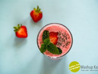 Strawberry Smoothie by Joanna Kosinska